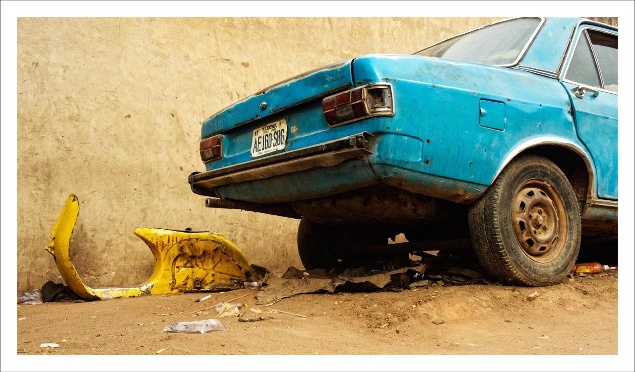 YOLA / Blue & Green, 2012. © Franck Abd-Bakar Fanny. Courtesy Fondation Donwahi